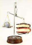 Geld und Bücher stockfoto