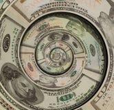 Geld US-Dollars gewundene Rotation gemacht von hundert fünfzig zehn Dollar Banknoten US-Dollars abstrakter Hintergrund Gewundener stockbild