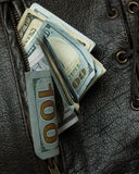 Geld in uw zakvest 5 Stock Afbeelding