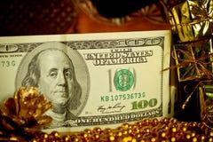 Geld-Weihnachtsgeschenk Stockbild
