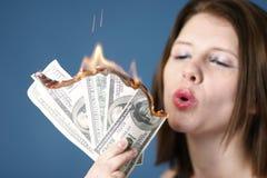 Geld zum zu brennen Lizenzfreies Stockfoto