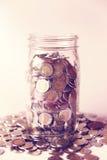 Geldeinsparung Lizenzfreie Stockfotos