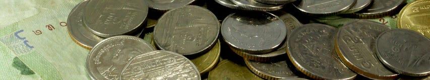 Geldkonzept prägt den Währungsbaht thailändisch Lizenzfreies Stockbild