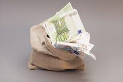 Geldtasche mit Euro Lizenzfreies Stockfoto