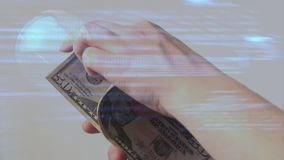 Geldzählung online stock footage