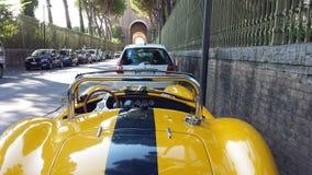 Gele auto Stock Foto