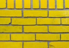 Gele Bakstenen muur Stock Afbeeldingen