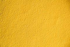 Gele concrete muur Royalty-vrije Stock Afbeeldingen