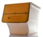 Gele Deksel Witte Plastic doos op Witte achtergrond royalty-vrije stock afbeeldingen