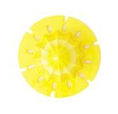 Gele die citrusvrucht juicer op de witte achtergrond wordt geïsoleerd Royalty-vrije Stock Afbeelding