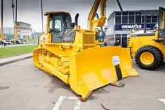 Gele diesel bulldozer Royalty-vrije Stock Foto's