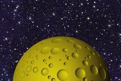 Gele grote maan met kraters op ruimteachtergronden vector illustratie