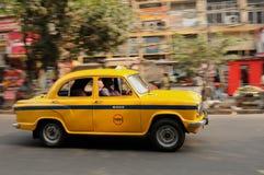 Gele Indische taxi Stock Afbeeldingen