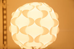 Gele lamp met een bloemvorm Royalty-vrije Stock Foto