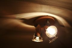 Gele lichten en schaduwen - Stock Fotografie