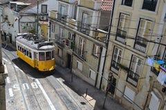 Gele Lissabon tram Stock Fotografie