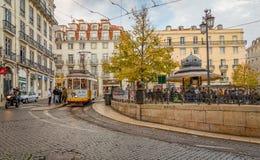 Gele Lissabon tram Royalty-vrije Stock Foto's