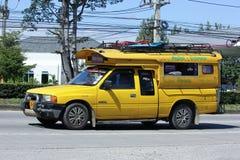 Gele minichiangmai van de vrachtwagentaxi Stock Fotografie