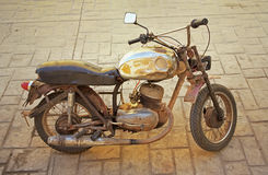 Gele motorfiets Royalty-vrije Stock Afbeeldingen