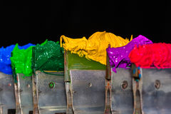 gele plastisol inkt in de fabriek van het T-stukoverhemd Stock Fotografie