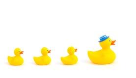 Gele stuk speelgoed eenden Royalty-vrije Stock Afbeelding