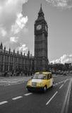 Gele Taxicabine in Londen Stock Foto's