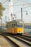 Gele tram Royalty-vrije Stock Afbeeldingen