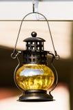 Gele Uitstekende Lamp stock afbeelding