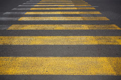 Gele voetgangersoversteekplaats Royalty-vrije Stock Afbeeldingen