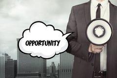 Gelegenheitstext auf Spracheblase mit Geschäftsmann Lizenzfreies Stockfoto