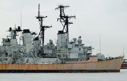 Geleid projectieltorpedojager USS Charles F. Adams Stock Fotografie
