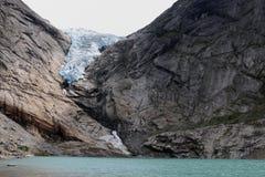 A geleira bonita em Noruega briksdalsbreen fotografia de stock