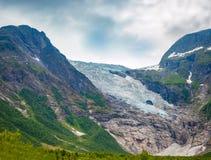 Geleira de Briksdal ao lado do Olden, Noruega fotografia de stock