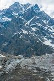 Geleira e montanhas nevado, verticais Imagens de Stock Royalty Free
