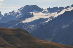 Geleira em cumes franceses em horas de verão imagens de stock
