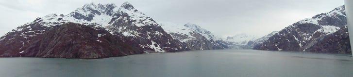 Geleiras na baía no parque nacional da passagem interna, Alaska fotos de stock