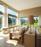 Geleverde flat, woonkamer royalty-vrije stock foto's