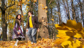 Geliebte während des Herbstes Stockfotografie