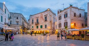Gelijk makend in Polignano een Merrie, Bari Province, Apulia, zuidelijk Italië stock afbeelding