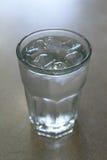 Gelo - água fria Imagem de Stock Royalty Free