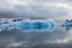 Gelo azul em Icelake Jokulsarlon islândia Foto de Stock Royalty Free