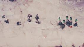 Gelo da estada do refrigerador da cerveja imagem de stock royalty free