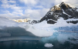 Gelo de derretimento - a Antártica Fotos de Stock