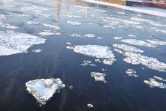 Gelo de flutuação Imagem de Stock Royalty Free
