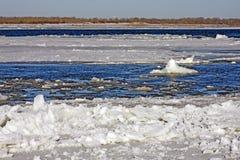 Gelo de flutuação Fotos de Stock Royalty Free