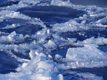 Gelo de River& Fotos de Stock Royalty Free