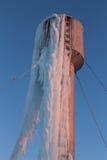 Gelo do inverno da torre de água Fotografia de Stock