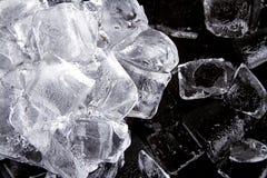 Gelo em um fundo preto foto de stock royalty free