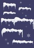 Gelo-folha com sincelos, estrelas e flocos de neve. Parte superior da neve. Imagem de Stock