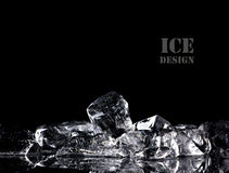 Gelo no fundo preto Imagens de Stock Royalty Free